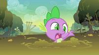 Spike in mud S01E15