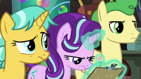 Starlight disapproves of Dr. Hooves' field trip S9E20