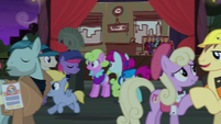 Manehattan ponies and Method Mares mingling S5E16