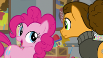 "Pinkie Pie ""I promise I'll laugh"" S9E14"