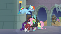 Rarity hugging Fluttershy and Spike S9E4