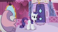 Rarity trying to be nice to Sweetie Belle S02E05