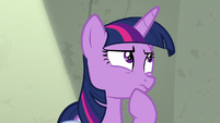 Twilight calculating in her head S9E5