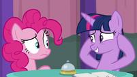 "Twilight ""keep your mind on apples"" S9E16"
