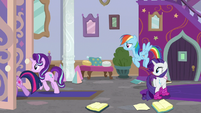 Twilight and Starlight leave the office S8E17