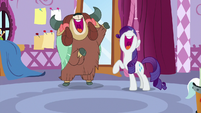 Yona and Rarity sing the reprise together S9E7