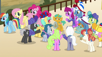 Main ponies walk off as Snails is surrounded by fans S9E6