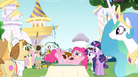 Pinkie Pie gets fat S2E24