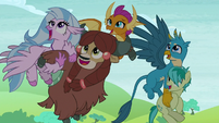 Students in awe of Ocellus' new form S8E1