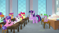 "Twilight ""what are you three doing here?"" S8E12"