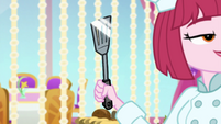 Close-up on Puffed Pastry's spatula EGSB