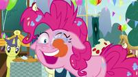 Pinkie Pie licking her eyeballs S7E23