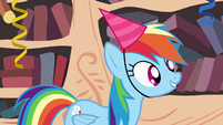 Rainbow Dash asks -where she lives- S4E04