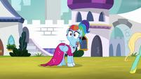Rainbow Dash looks over at Rarity again S9E4
