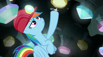 Rainbow tapping on the cave ceiling S8E17
