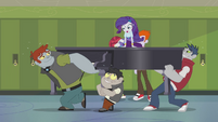 Diamond Dogs carrying Rarity's piano EG2