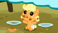 Filly Applejack wants more apple fritters S3E8