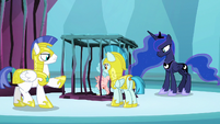 Guards imprison Cozy Glow in Tartarus S8E26