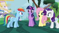 Rainbow Dash encourages Twilight S4E01