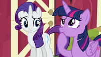 Twilight thinks for a moment S6E10