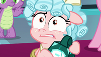 Cozy Glow looking scared of Twilight S9E24