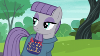 Maud looking back at Pinkie Pie S6E3