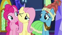 Pinkie Pie hugging Fluttershy S7E26
