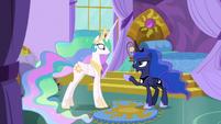 """Princess Luna """"wait right here!"""" S9E13"""