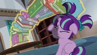 Sunburst stops books from falling on Starlight S6E1