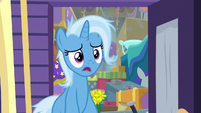 "Trixie ""you brought luggage"" S8E19"