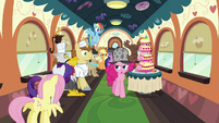Pinkie with the likely suspects on the train S2E24