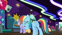 Rainbow -I'm the worst chaperone ever!- S8E5
