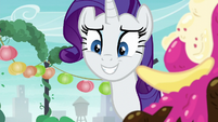 Rarity smiling at Maud nervously S6E3