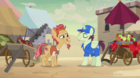 Delivery pony delivers new apple cart for Elder Stallion S7E18