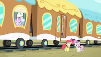 Diamond Tiara and Silver Spoon taunts Apple Bloom and Sweetie Belle S4E05