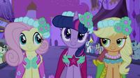 Fluttershy, Twilight and Applejack S2E26