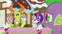 Thorax -done with your boring paperwork- S7E15