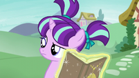 Filly Starlight looking confused at Sunburst S6E1