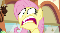 """Fluttershy """"no way that we can get in the zone"""" S6E18"""