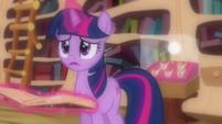 """Twilight """"doesn't make any sense"""" S03E13"""