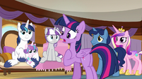 Twilight Sparkle -let down all these ponies- S7E22