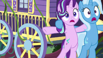 Wagon swings into Starlight and Trixie S8E19
