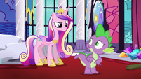 Cadance looking sternly at Spike S5E10