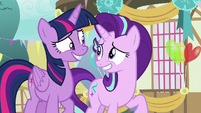 Twilight and Starlight look nervous at each other S7E15