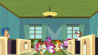 Twilight reading in the foals' hospital room S7E3