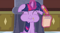 Twilight tasting apple fritter S2E25
