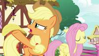 Applejack -nothin' but applesauce!- S8E18