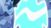 Ocellus transforming herself S9E3