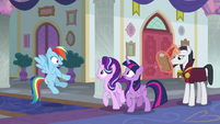 Rainbow Dash finds Twilight and Starlight S8E1