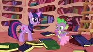 S01E10 Twilight i Spike wśród książek